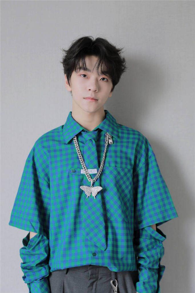 He Xinlong