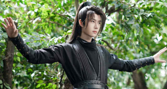 WANG YIBO THE MOST POPULAR CHINESE ACTORS IN THAILAND 1