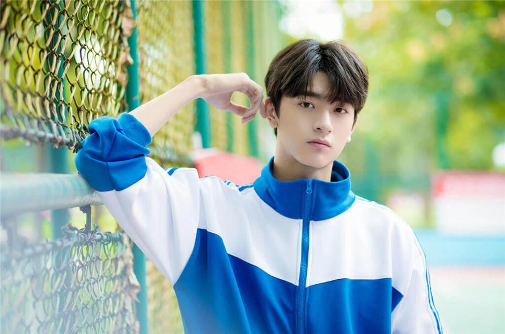 Lin Yi (林一) Profile