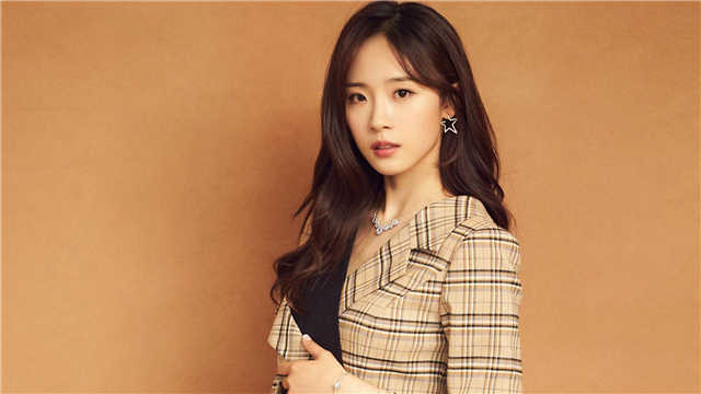 Lu Yangyang Cai Xukun rumored girlfriend