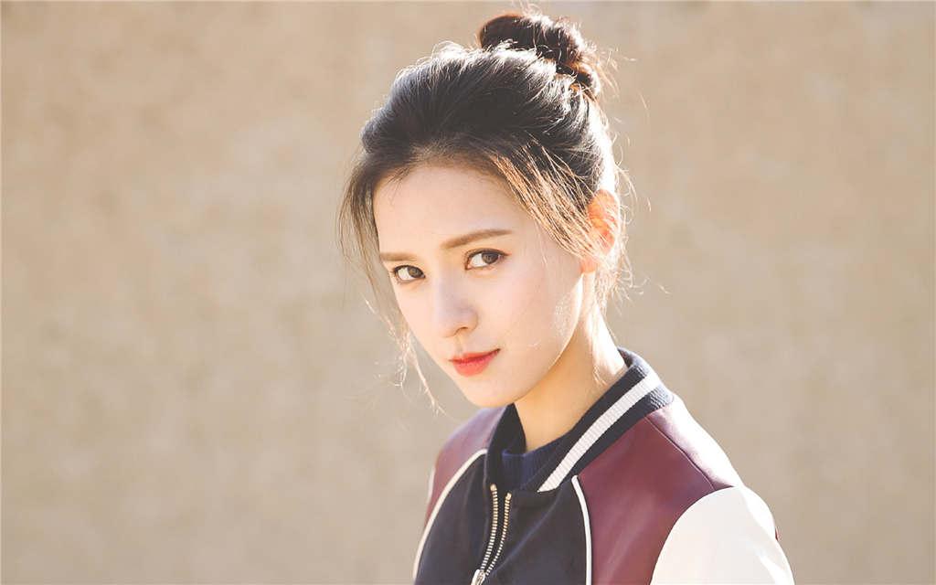 Zhang Yuxi (张予曦) Profile