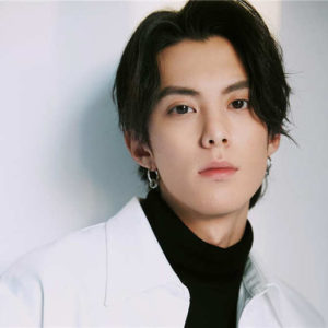 Does Dylan Wang Hedi Have A Girlfriend? He Was Once Photoed Dating A Girl
