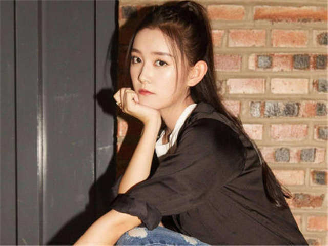 Jiang Yiyyi