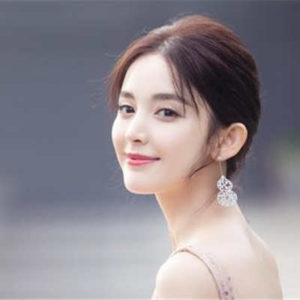 Gulnazar's Boyfriend Review, The relationship With Hans Zhang Han attracted Much Attention.